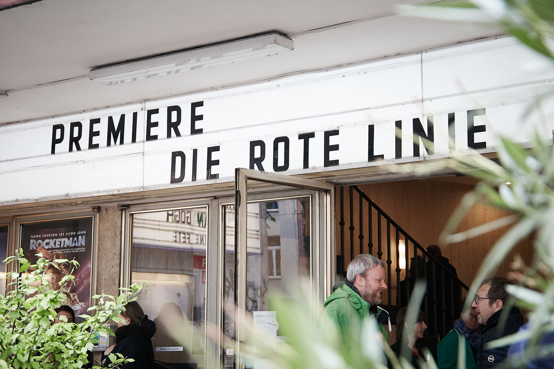 Premiere Die Rote Linie